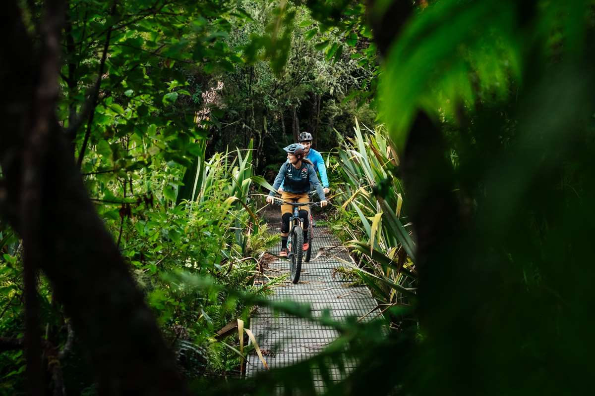 Bas van Steenbergen and Vaea Verbeeck riding the Great Lake Trails, Taupo New Zealand